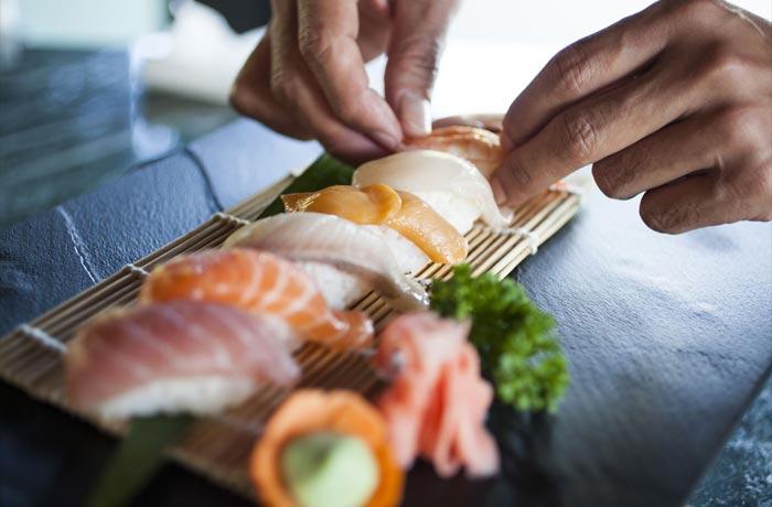 アウトリガー・コノッタ 寿司プレート一例
