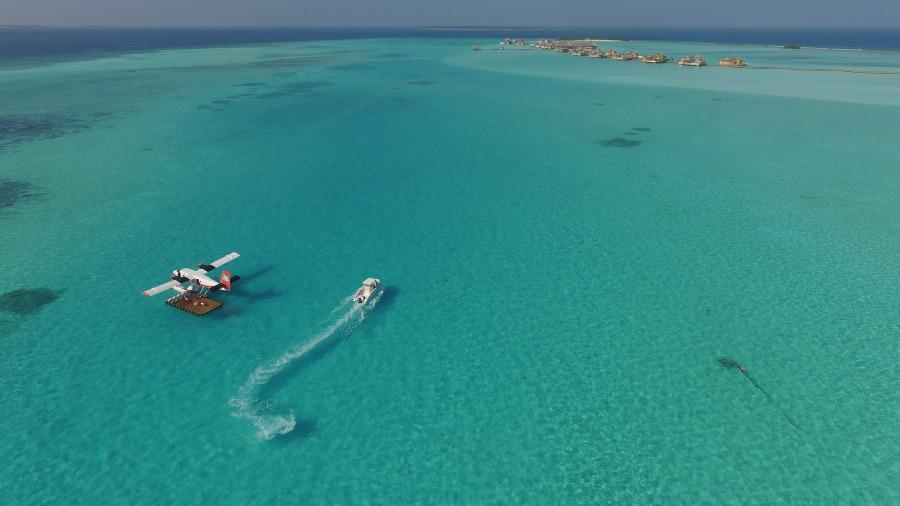 ソネバジャニ エメラルドグリーンの綺麗な海